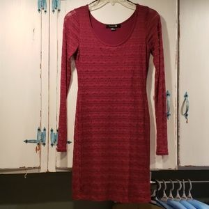Junior's long sleeve lace dress